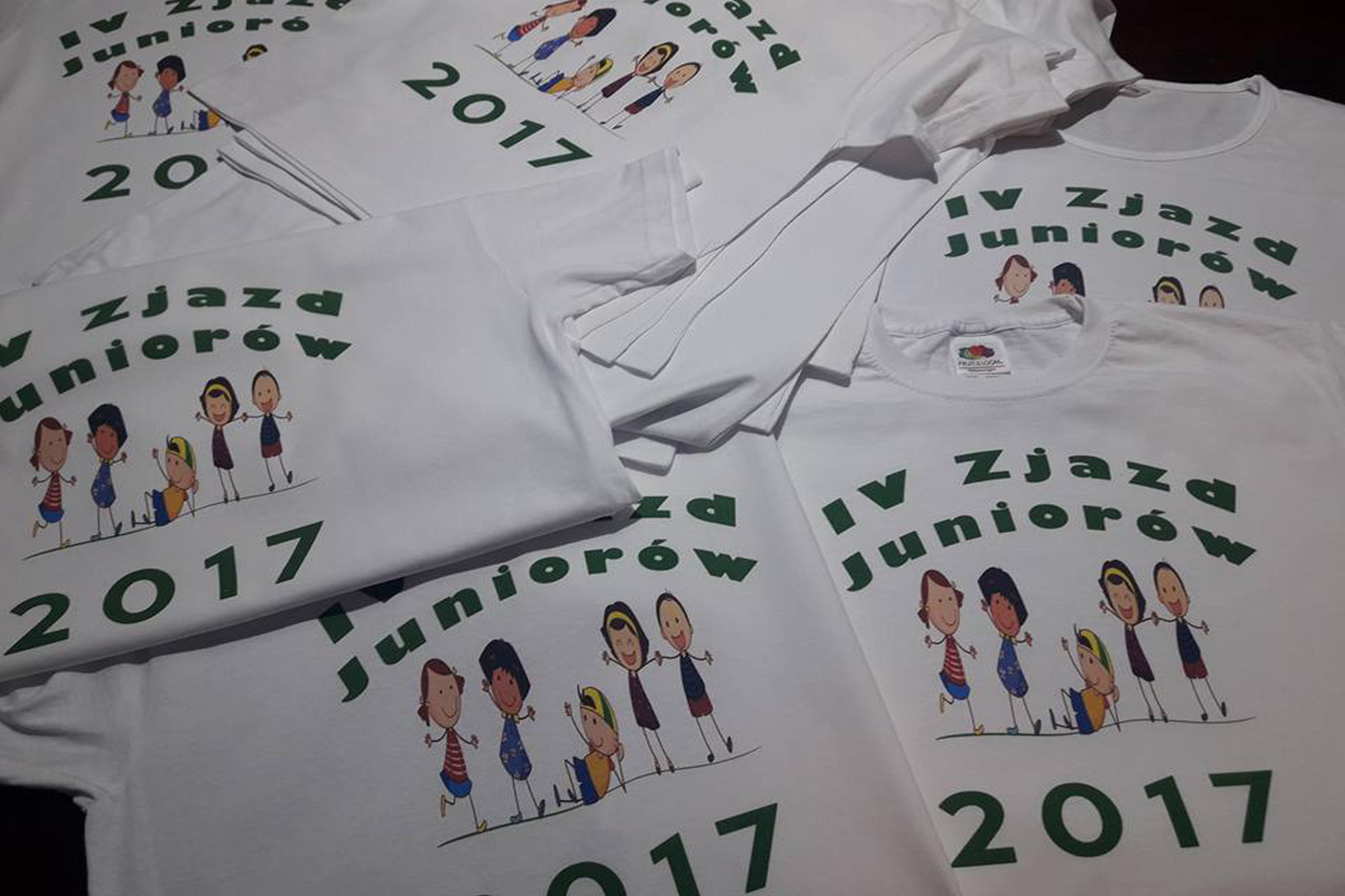 Koszulki dla dzieci z nadrukiem na kolonie