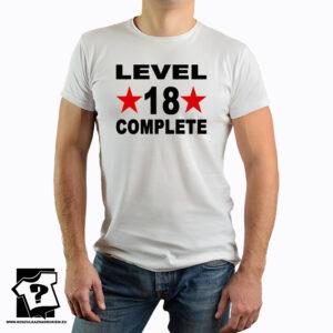Level 18 complete – śmieszny prezent urodzinowy – koszulka z nadrukiem